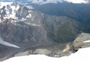 Valle vista dalla cima del Grand Combin